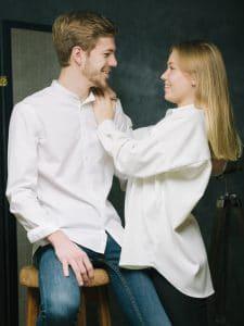 photographe de couple, Chalons en champagne, reims, Épernay, studio photo, studio Chalons, studio reims, couple reims, couple Épernay, photo jeune couple, photo sourire