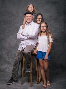 photographe de famille, portrait de Famille, studio photo, photographe famille La Cheppe